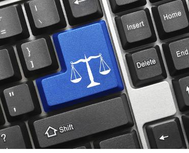 articleImage: UE grozi grzywnami dla Facebooka, Google'a i Twittera