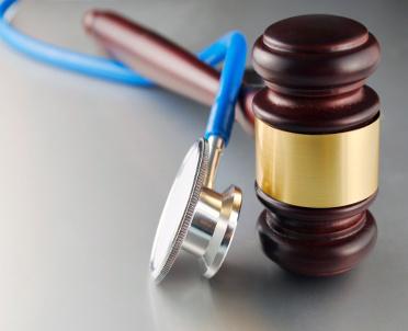 articleImage: Lekarze sądowi dostaną więcej za zaświadczenie