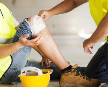 articleImage: Czy ZUS ma kompetencję do uznawania zdarzenia za wypadek przy pracy?