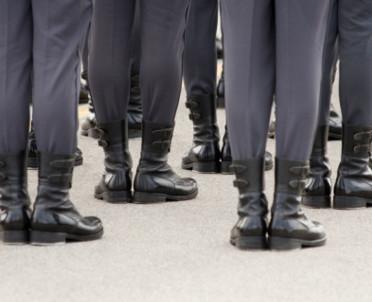 articleImage: Bezpieczeństwo i higiena służby funkcjonariuszy Służby Celno-Skarbowej