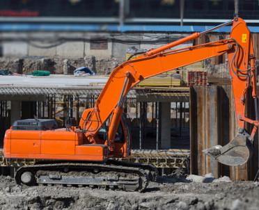 articleImage: Rozpoczęto wysadzanie skał na budowie tunelu w ciągu Zakopianki