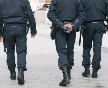 articleImage: Lublin: trzej policjanci w areszcie po bezprawnym użyciu paralizatora