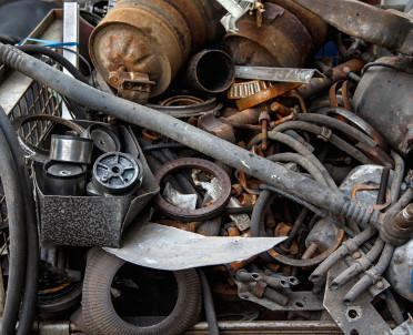 articleImage: Zakupy złomu wykazujemy w pozycji 31 i 32 deklaracji VAT