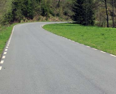 articleImage: Nowa ustawa pozwoli uznawać wszystkie drogi za ważne dla obronności