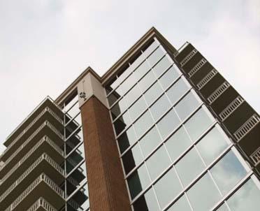 articleImage: Greenberg Traurig doradcą przy sprzedaży apartamentów w wieżowcu Złota 44