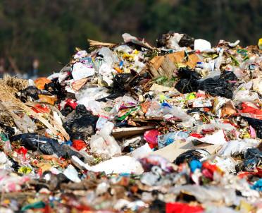 articleImage: Jakie odpady powinny zostać użyte do rekultywacji składowiska?