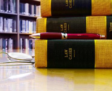 articleImage: Konkurs o prawie pracy rozstrzygnięty - gratulujemy zwycięzcom