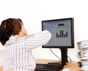 articleImage: Pracujący przy komputerze muszą szanować oczy