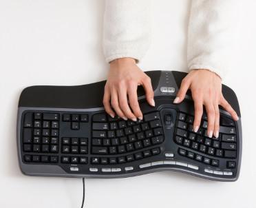 articleImage: Centralny Ośrodek Informatyki wynajmie informatyków