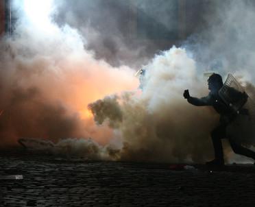 articleImage: SN: uniewinnienie policjanta, który zranił kibica