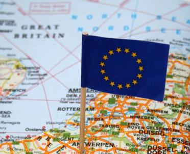 articleImage: UE ubolewa z powodu decyzji USA ws. porozumienia klimatycznego