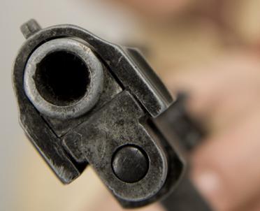 articleImage: UE próbuje ograniczać dostęp do broni. Czechy w opozycji