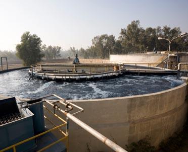 articleImage: Gmina nie może wprowadzać opłat za podłączenie do wodociągu