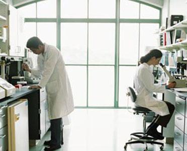 articleImage: Choroby zawodowe: lekarz jak biegły
