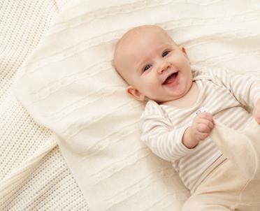 articleImage: Blogerki będą namawiać rodziców do szczepienia dzieci przeciw pneumokokom