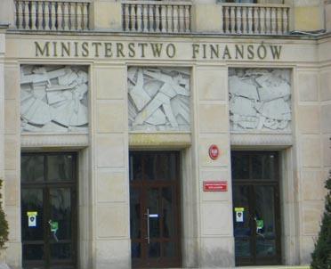 articleImage: Rząd ratuje spóźnioną ustawę o rajach podatkowych