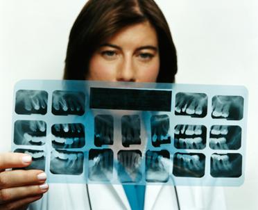articleImage: Jakie wymogi musi spełnić lekarz, aby mógł udzielać świadczeń w zakresie podstawowej opieki zdrowotnej?
