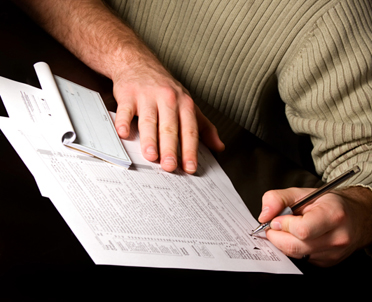 articleImage: Kiedy podatnik powinien wystawić fakturę VAT, jeśli otrzymał zapłatę z góry za wynajem domu na cele użytkowe?