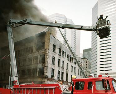 articleImage: Warunki bezpieczeństwa i higieny służby strażaków Państwowej Straży Pożarnej