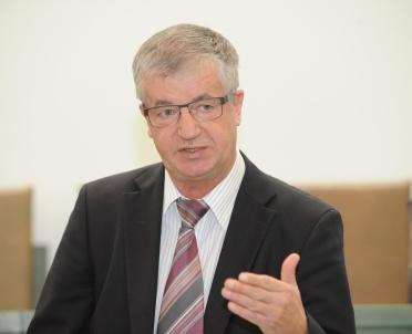 articleImage: KRS zgadza się na powrót sędziego TK Andrzeja Wróbla do SN