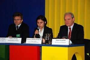 Od lewej: Andrzej Wolski, Bożena Lublińska-Kasprzak, Adam Szejnfeld