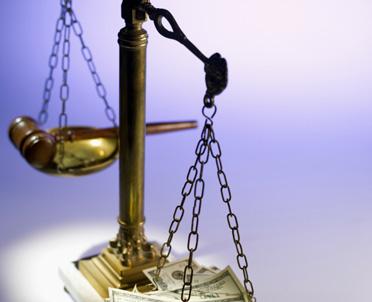 articleImage: SN: niestaranny adwokat tłumaczył zaniedbania otyłością i umową dżentelmeńską