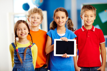 articleImage: 80 proc. dzieci w wieku 7–8 lat ma własny smartfon