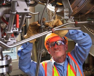 articleImage: Podwykonawcy mają wpływ na bezpieczeństwo w przemyśle