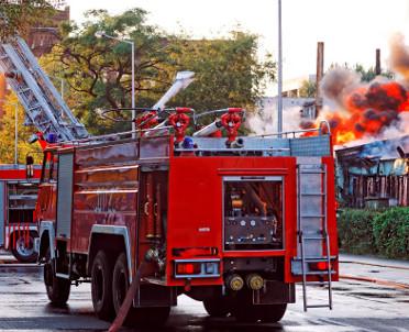 articleImage: Sąd: straż pożarna nie musi pilnować pogorzeliska