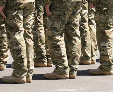 articleImage: MON: rosną wynagrodzenia w wojsku