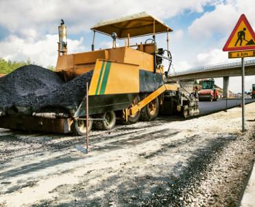 articleImage: Lewiatan: wydatki na drogi powinny być bardziej równomierne
