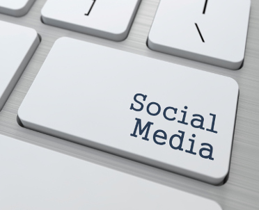 articleImage: Co klient może się o Tobie dowiedzieć z social media?