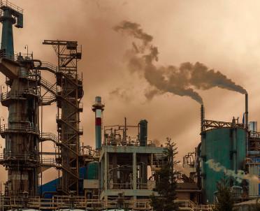 articleImage: Raport: nie wystarczy samo zwiększanie środków na walkę ze smogiem przez miasta