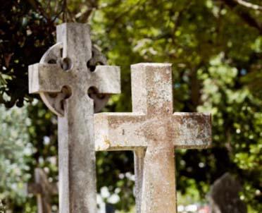 articleImage: Będzie nowa ustawa o cmentarzach i chowaniu zmarłych