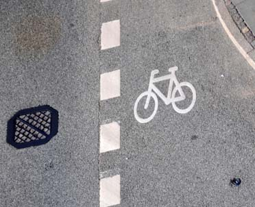 articleImage: Na drogach wewnętrznych będą obowiązywać przepisy o zarządzaniu ruchem