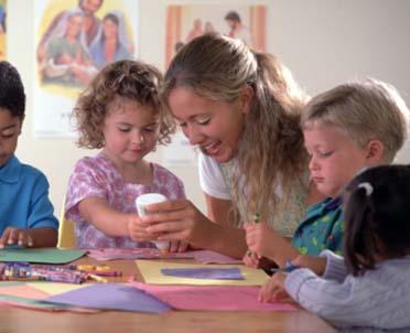 articleImage: Asystenci nauczyciela tylko w klasach I-III