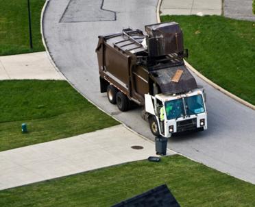 articleImage: Spółka komunalna nabywa śmieciarkę zgodnie z p.z.p.