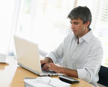 articleImage: Projekt rozporządzenia: tabele stanowisk, wynagrodzeń i dodatków w samorządach