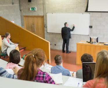 articleImage: Prof. Woźnicki: uczelnie to nie miejsce dla pseudonaukowców