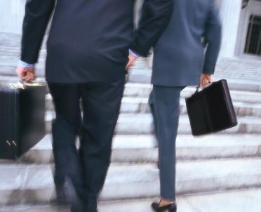 articleImage: Radca prawny na umowie zlecenia może nie być podatnikiem VAT