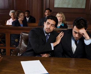 articleImage: SA: sąd nie powinien wnikać w umowę łączącą pełnomocnika i jego klienta