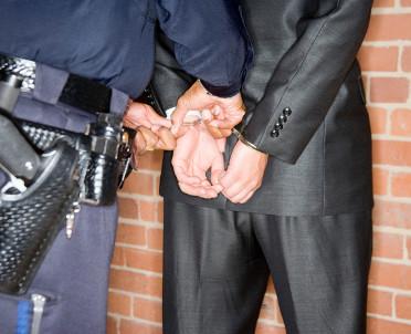articleImage: Policja zatrzymała b. notariusza poszukiwanego listem gończym