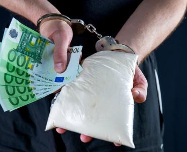 articleImage: Od listopada dopalacze będą ścigane jak narkotyki