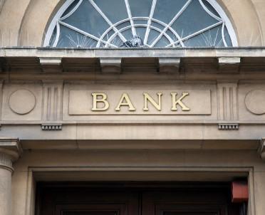 articleImage: Projekt dotyczący frankowiczów to polityczny happening; pomoże bankom