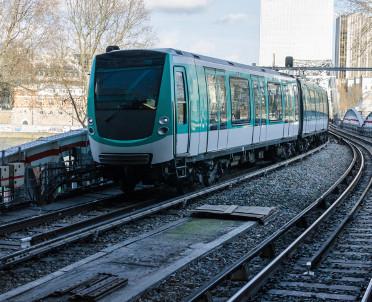 articleImage: Siedmiu chętnych w przetargu na modernizację linii kolejowej Poznań – Mogilno