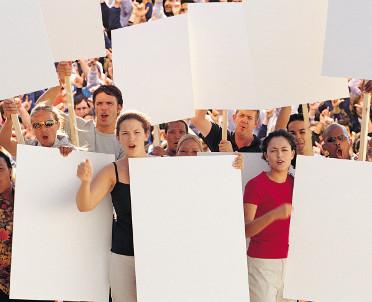 articleImage: Protesty przeciw ustawie antyaborcyjnej i obłudzie posłów