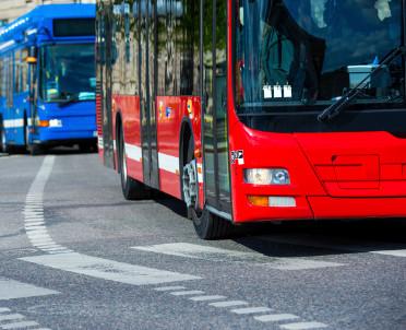 articleImage: Rząd ułatwi wejście na rynek niskoemisyjnych autobusów