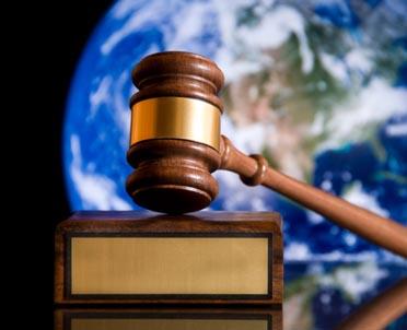 articleImage: Postępowanie dowodowe w międzynarodowym arbitrażu nie zawsze jak przed polskim sądem