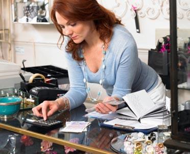 articleImage: Firmy prowadzone przez kobiety są bardziej stabilne