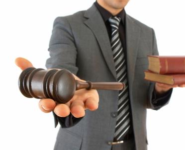 articleImage: Coraz starsi sędziowie rozpoczynają pracę w sądach